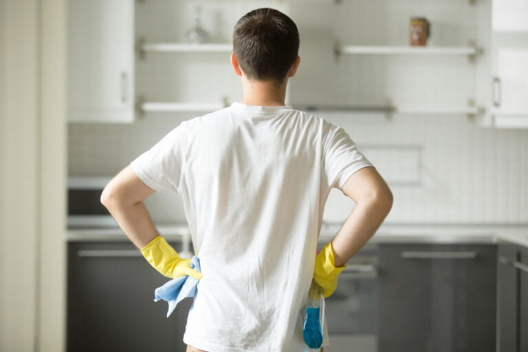 5 Essential Spring Cleaning Chores